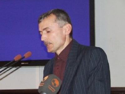 Побито координатора групи, що вимагає розпуску Чернівецької міськради