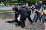 У Мінську затримали понад 100 учасників «мовчазної акції протесту»