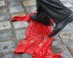 На Майдані на комуністів напали націоналісти з яйцями і кефіром
