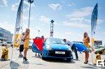 Чернівчани тестували спортивні автомобілі Renault