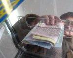 У Кіцманському районі голосують активно - майже 50%, у Чернівцях пасивно - 22%