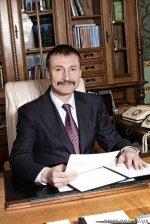 Голова Чернівецькій ОДА Папієв теж поїхав на Київ!