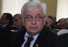 Голова Чернівецької обласної ради в день заробляє 800 грн