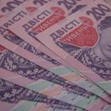 Замість роботи з виборцями депутати витрачають гроші на сім'ю, авто та листівки
