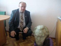 Пошкодження пам'ятника Емінеску - це примітивна провокація