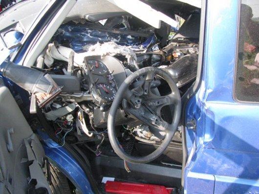 У Чернівцях мікроавтобус зіткнувся з тепловозом