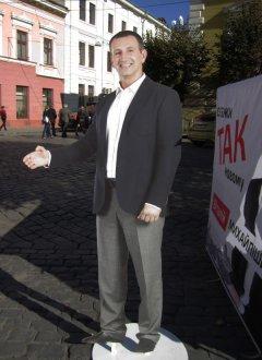 Михайлішин обіцяє відновити каналізацію, водопровід та дороги Чернівців за 5 років