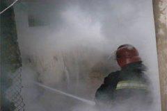Буковинські рятувальники ліквідували пожежу у Вашківцях