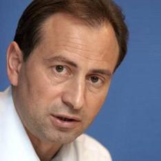 Влада продовжує війну з чернівецьким телеканалом ТВА, - Микола Томенко