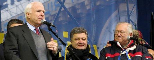 Сенатор Джон МакКейн: Якщо влада України практикуватиме репресії, мають бути санкції