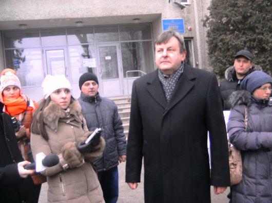 На Буковині у родин померлих інвалідів держава забирає автомобілі