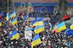 Одна країна – один Майдан: лідери опозиції кличуть людей на Народне Віче у неділю о 12.00