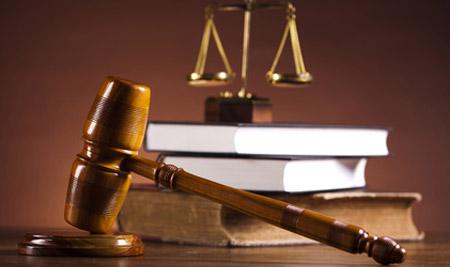 Чернівецький суд задовольнив усі позовні вимоги прокуратури і скасував незаконні рішення