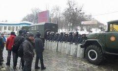 Європарламентар: Влада України визнає тільки насильство