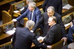 Депутатам Партії регіонів порадили вивозити сім'ї за кордон