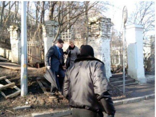 Протестувальники кидали камінням у Богатирьову