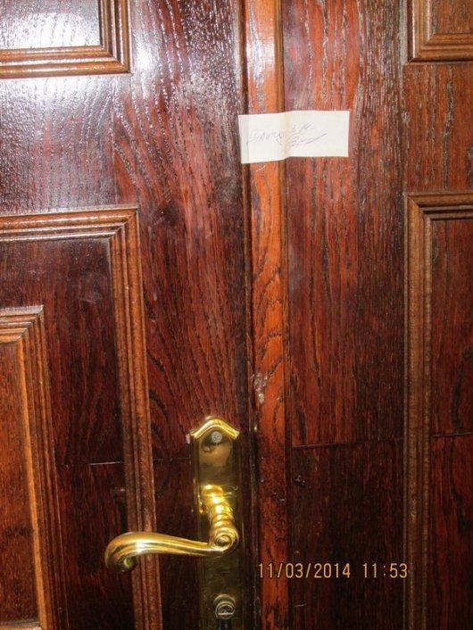 Опечатаний кабінет у Чернівцях чекає на легітимного мера