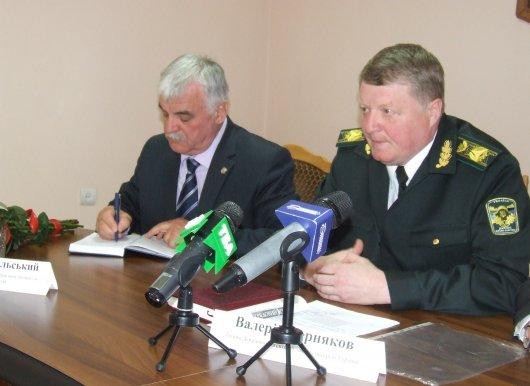 Голова Держлісагентства України Валерій Черняков відвідав Чернівецьку область