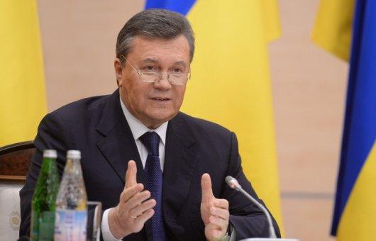 """Янукович із підпілля закликав """"зупинити криваву хунту"""""""