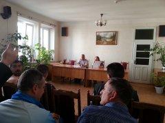 Сторожинецьку ОВК на Буковині захопили сепаратисти. Вони зривають вибори