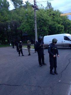 """Батальйон """"Донбас"""" відбив атаку сепаратистів і взяв полонених, багато зброї і боєприпасів"""