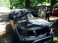 У Чернівцях терористи спалили авто самооборонівцю