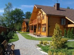 На березі озера Світязь на Волині знайшли шість будинків комуністів Симоненка і Калетника