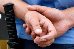 На Буковині за хабар звільнили співробітника міліції
