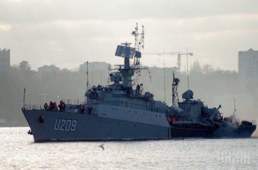 Україна повністю закриває морські порти в Криму
