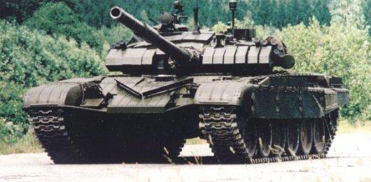 У Луганську з'явилися російські танки Т-72