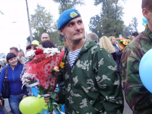 Буковина зустріла військових, які повернулись із зони АТО (фоторепортаж)