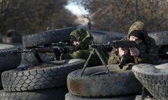 На Донбасі знаходяться до 25 тисяч бойовиків і до 10 тисяч російських військових
