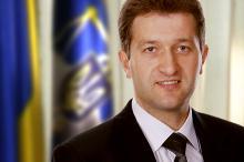 На Буковині запрацювала податкова. Через це її керівник Михайло Сеничак отримав «чорну мітку»