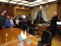 Українські школярі побачать банки зсередини