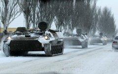 Сепаратисти відводять бойову техніку на Луганщині - Москаль