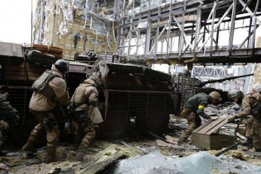 """Бойовики захопили частину другого, третій і четвертий поверхи нового терміналу донецького аеропорту, - """"кіборг"""""""