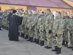 З Буковини в зону АТО вирушили 35 міліціонерів