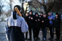 Переселенці мобілізаційного віку спокійно браконьєрствують, б'ють місцевих, «плюють» на закони разом з міліцією