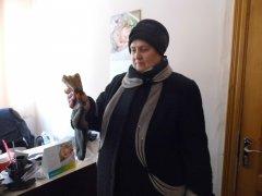 Пенсіонерка з Чернівців принесла теплий подарунок для воїнів АТО