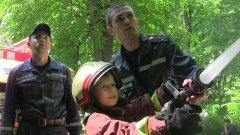 Діти спробували себе в ролі рятувальників в рамках проведення інтерактивного заходу профорієнтаційного характеру «Місто професій»