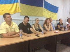 Волонтери  Буковини об'єдналися, аби разом  протистояти системі