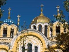 УПЦ має бути долучена до усіх переговорів про подолання церковних розділень в Україні – керуючий справами УПЦ