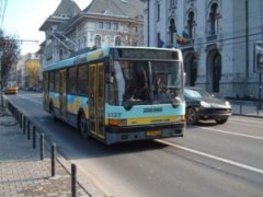 Чернівчани вимагають повернути тролейбусний маршрут №8