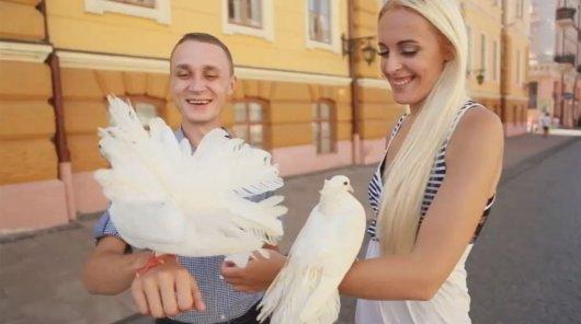 4 весілля у Чернівцях. Чи поб\'ються наречені за «медовий місяць» в Чорногорії