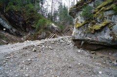 Бурбак просить Авакова розслідувати справу знищення Смугарівських водоспадів на Буковині