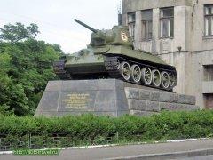 Баталії довкола танка Нікітіна тривають