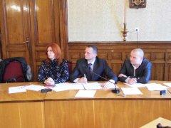 На засіданні комісії в будинку з левами кадрові призначення вперше обговорювалися всією громадою (ФОТО)