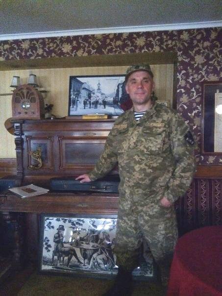 «Ми навіть не знали, що Вадим уже на війні…» Мати Любов Ситнікова та дружина Героя докоряють собі, що не зупинили його, не вберегли…