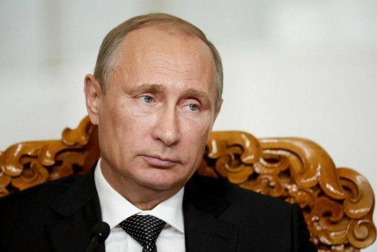 Франція заарештувала все майно президента Росії