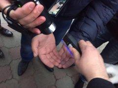 На Буковині СБУ затримала на хабарі підполковника  прикордонної служби